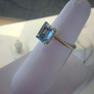 Aquamarine ring in yellow gold from Maertens Fine Jewelry & Gifts.