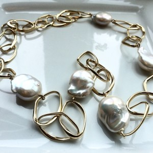 Natural Pearl Necklace from Matoloni Pearls