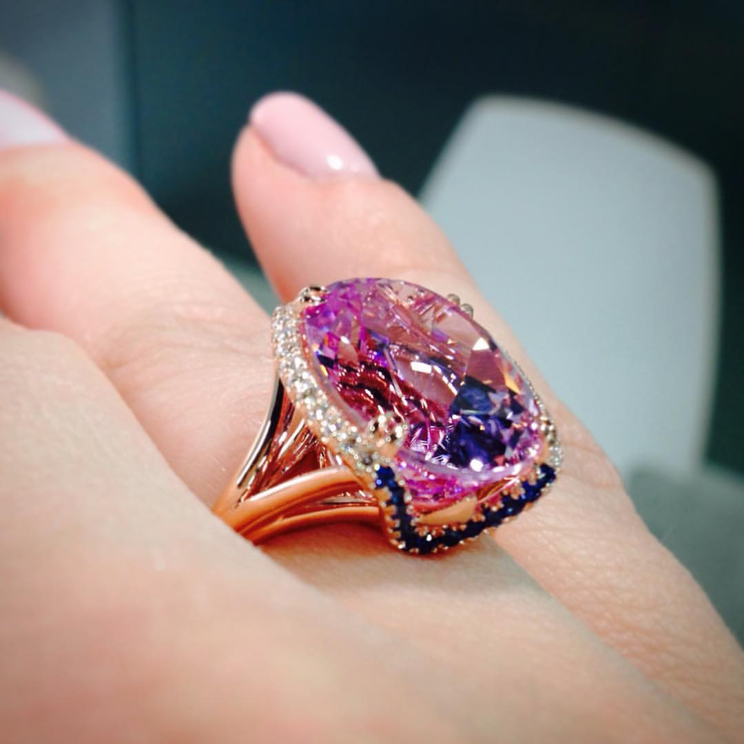 Kunzite: pretty in pink | American Gem Society Blog