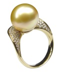 Golden Pearl diamond ring by Baggins Pearls.