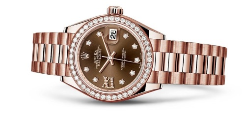Lady-DateJust 28 by Rolex.